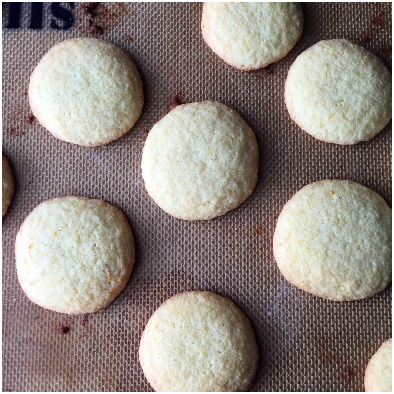 25. Crumbling Cookies – Awkward Sauce